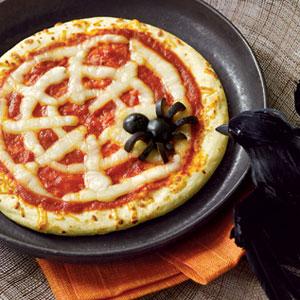 create-a-fun-adult-halloween-menu-spiderweb-pizza