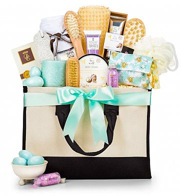 Our Editors Best 5 Picks for Mother's Day (gift basket)