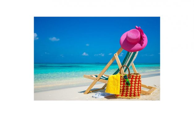 10 Things You ABSOLUTELY Need for the Perfect Beach Day!