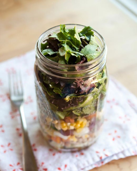 Layer Your Lunch, it's Salad in a Jar